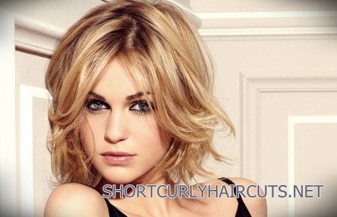 curly-short-hairstyles-square-faces-4
