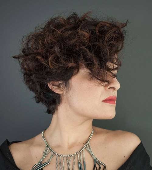 Benefits of Short Curly Hair 2018