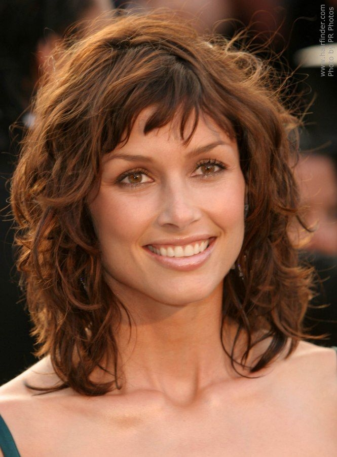 Stylish Layered Wavy Hair