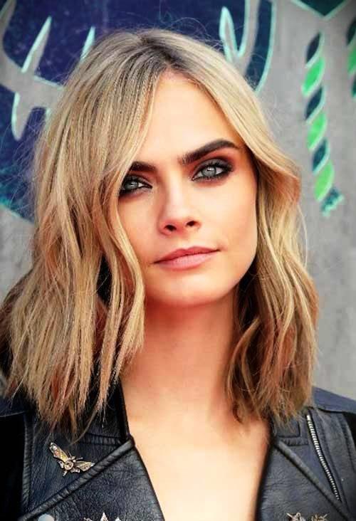 short-blonde-curly-hair-23