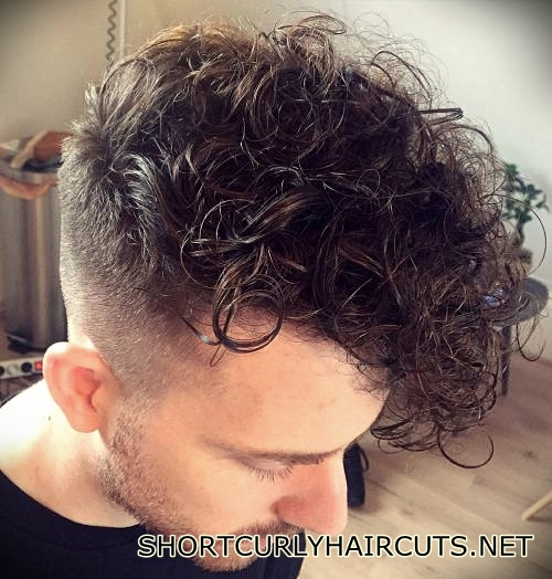 short-curly-haircuts-men-37
