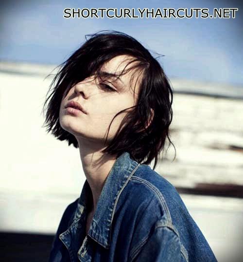 short-natural-wavy-hair-17