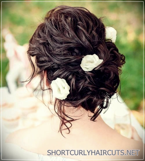 curly-hairstyles-2018-10