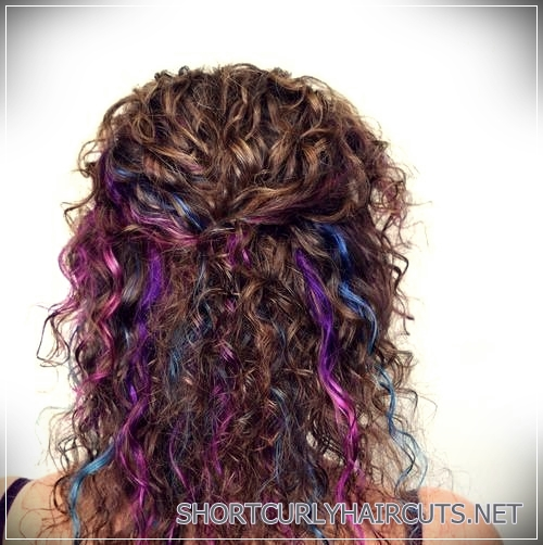 curly-hairstyles-2018-26