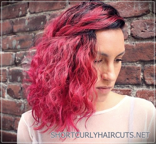 curly-hairstyles-2018-39