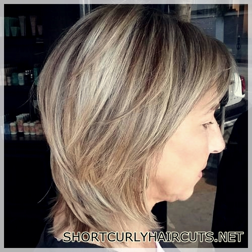 hairstyles-ideas-women-2018-over-50-36