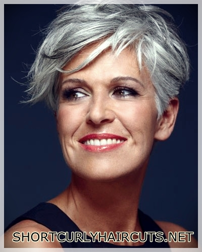 hairstyles-ideas-women-2018-over-50-8