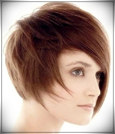 16. Elegant straight asymmetric bob cut