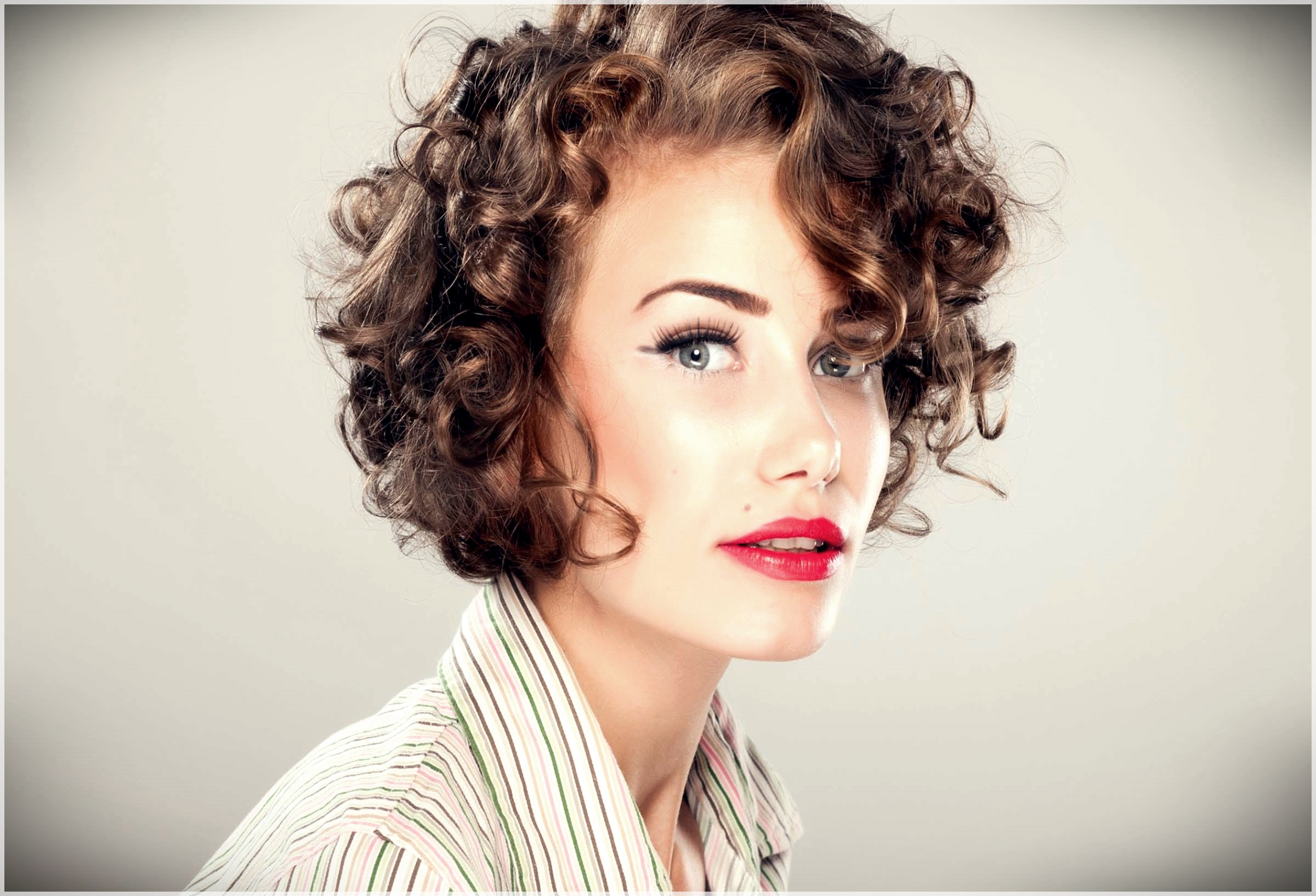 there are some wonderful short wavy haircuts for ladies to