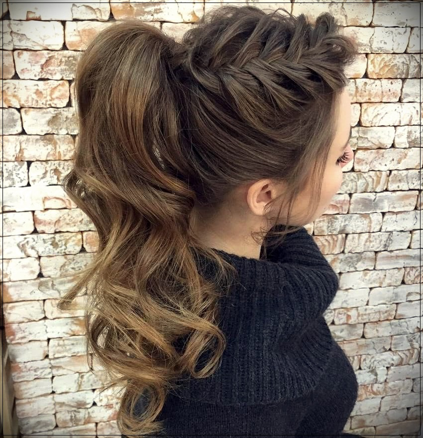 Hairstyles 2019: Trend Wavy Hairstyles 2019