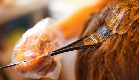 Henna dye for hair