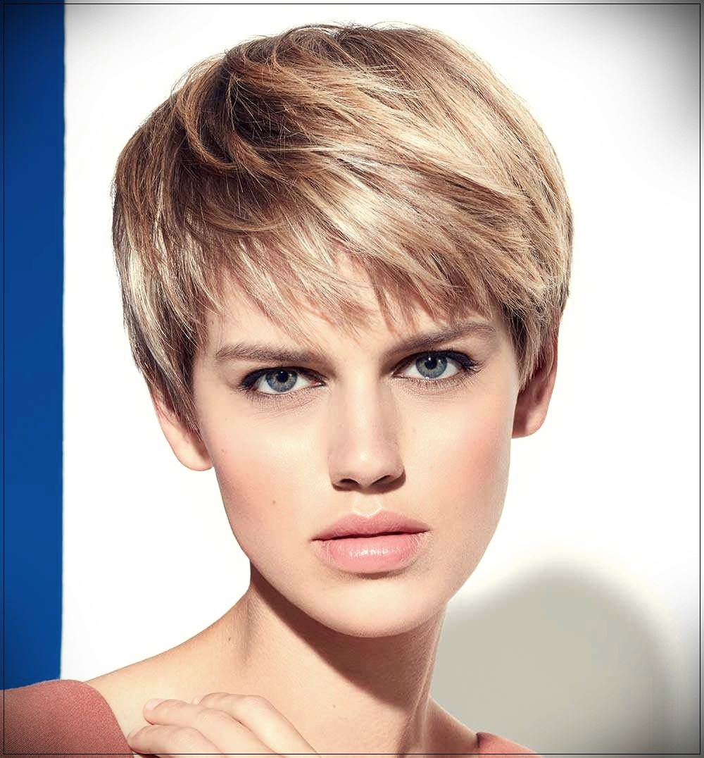 Short Haircuts 2019 Spring Summer: the trendy looks