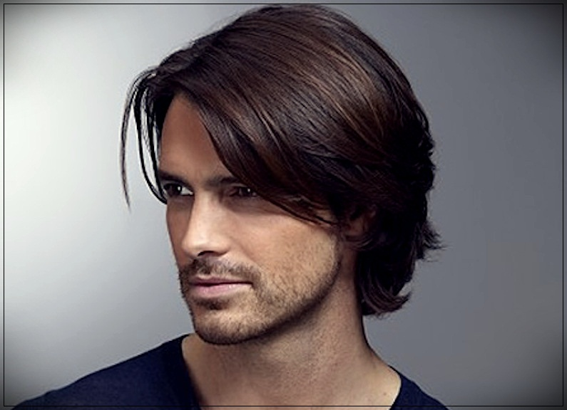 Men\'s long hair 2019, wavy, smooth and unkempt in photos