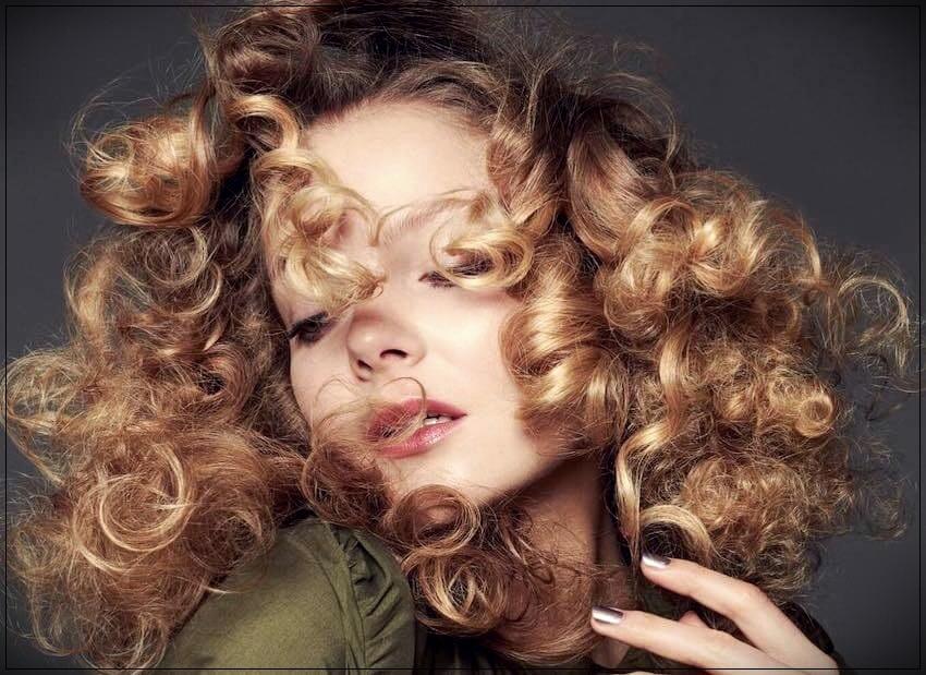 Curly hair 2019 summer
