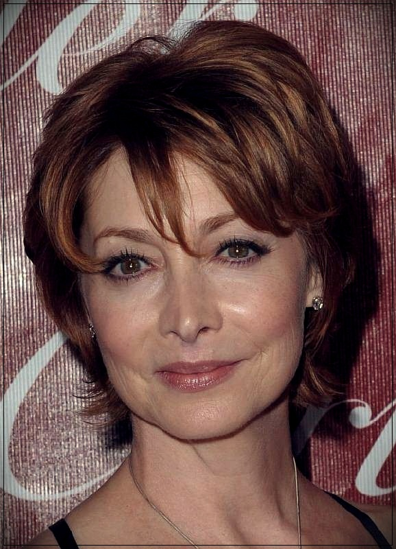Layered Hairstyles Short Haircuts For Women Over 50 2019 50