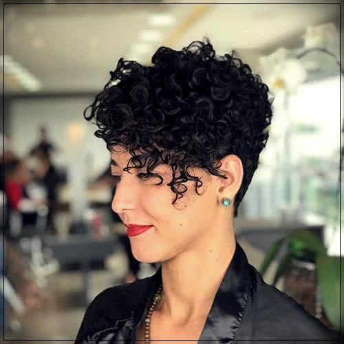 Short Curly Haircuts For Women 2019 48