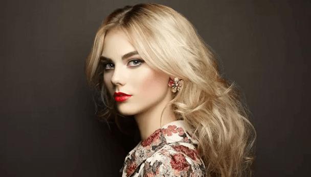 blond with dark roots