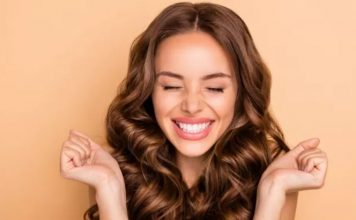 Natural wavy hair: how to have it beautiful in a few steps