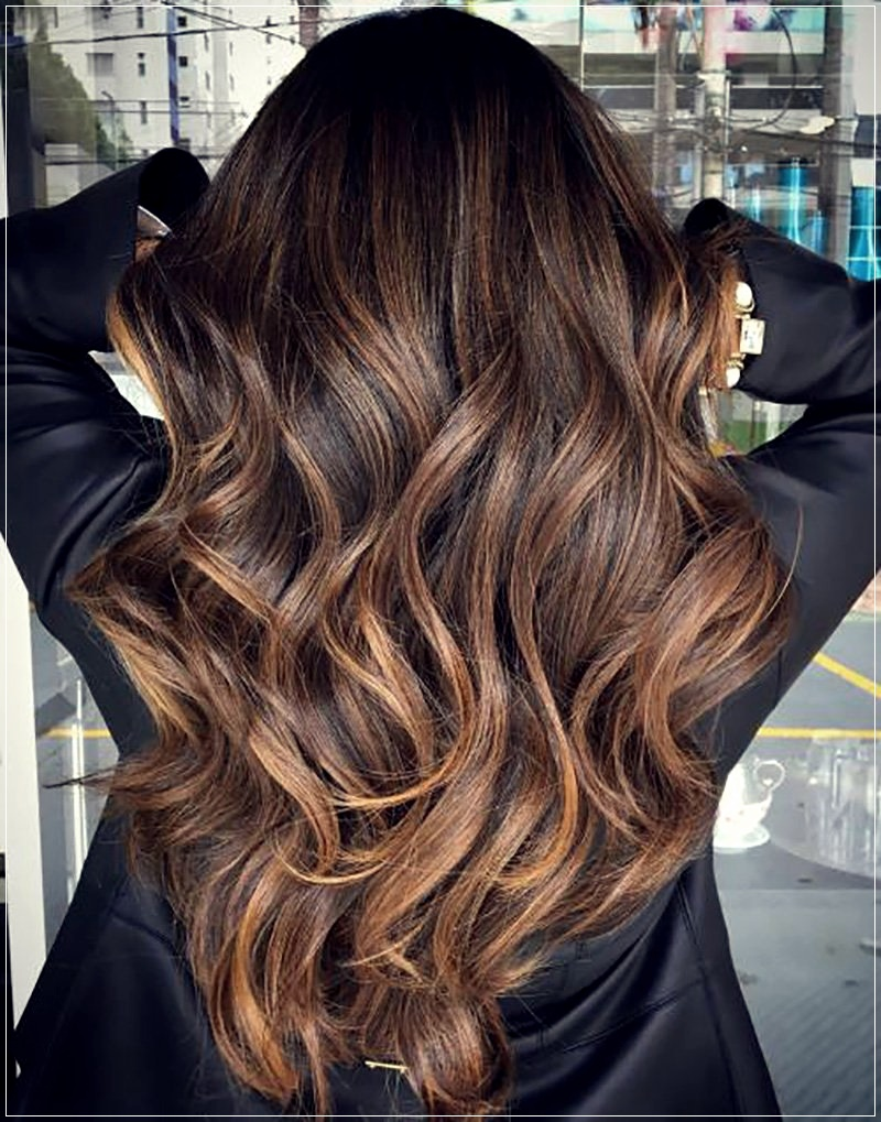 Fall Winter 2020-2021 Hair Color: New TrendsShort and Curly Haircuts