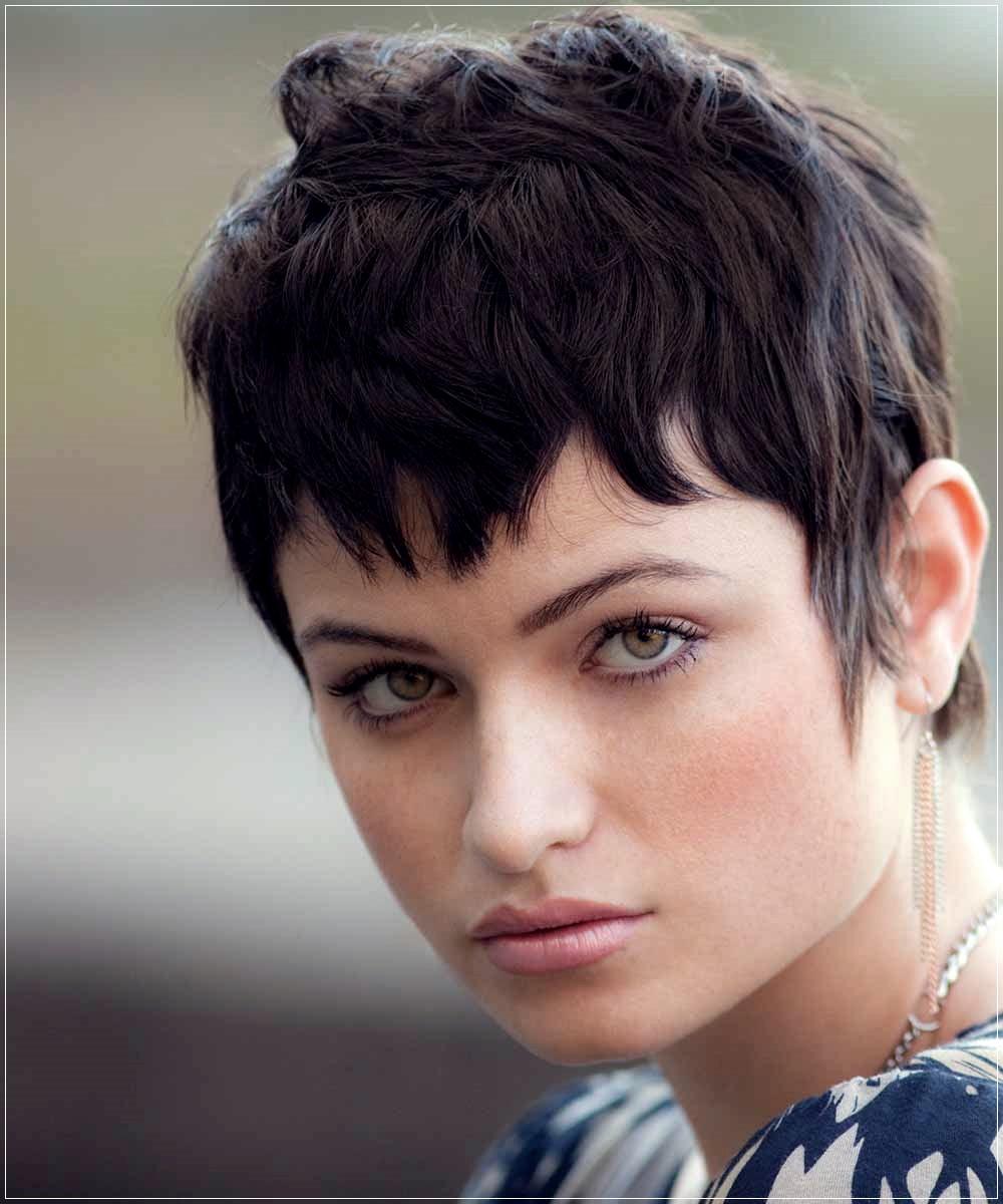 50+ Short Haircuts Winter 2020 2021   Short and Curly Haircuts
