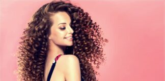 Curly hair how to avoid knots: here are tips to follow